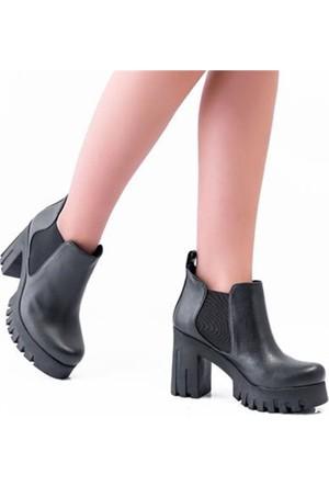 Oc Bonni Siyah Kalın Topuklu Kadın Bot 1215