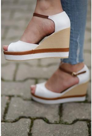İnce Topuk Dolgu Topuk Ayakkabı 7YAZA0274118