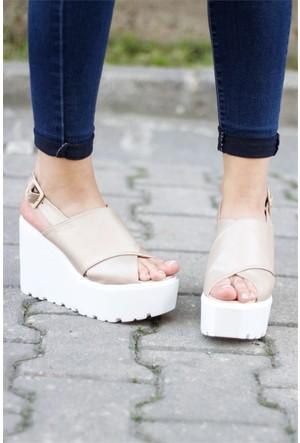 İnce Topuk Dolgu Topuk Ayakkabı 7YAZA0284074