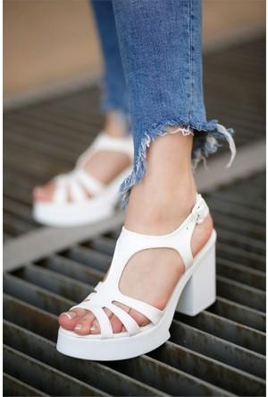 İnce Topuk Topuklu Ayakkabı 7YAZA0312118