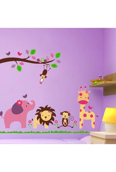 Çocuk Odası Dekorasyonu Sevimli Orman Hayvanları Kendinden Yapışkanlı PVC Duvar Sticker