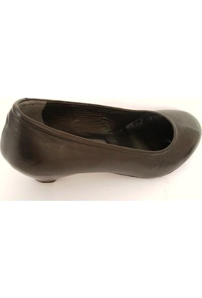 Akiş Siyah Topuklu Bayan Ayakkabı