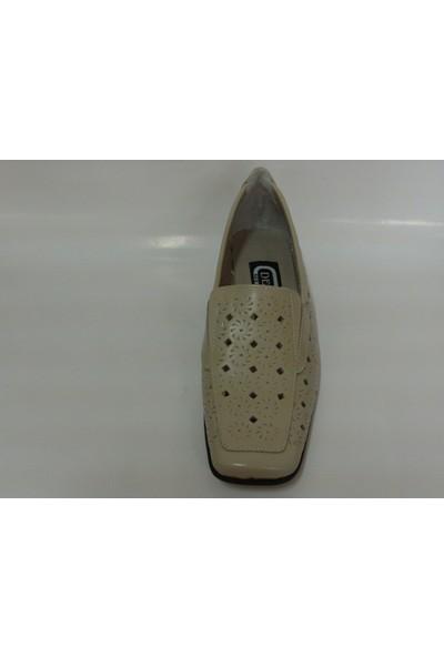 Demirci Bej Krem Renk Dolgu Topuk Ayakkabı