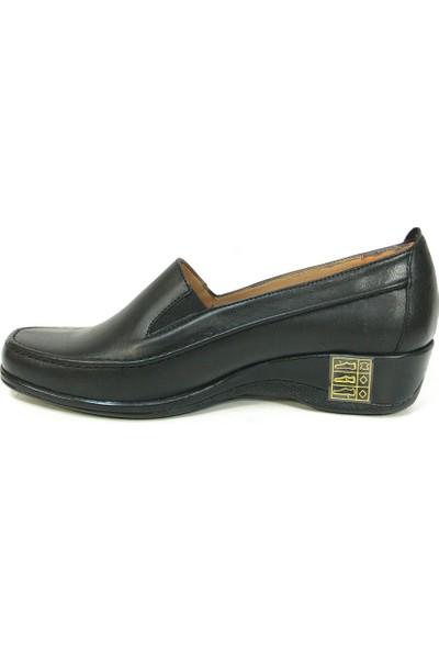Lucianna Bella 120 Siyah Dolgu Topuk Anne Ayakkabısı
