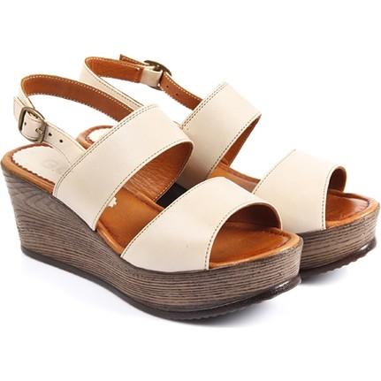 Gön 45319 Bej Kadın Sandalet