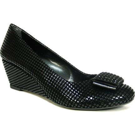 14bb6120ac25a Şener 910 Siyah Fiyonklu Dolgu Topuk Bayan Ayakkabı Fiyatı