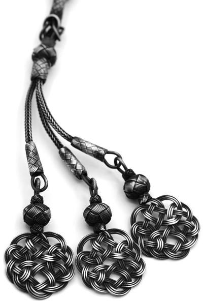 Akyüz Gümüş Aşk Düğümü Püsküllü 1000 Ayar Oksitli Kazaziye Gümüş Tesbih