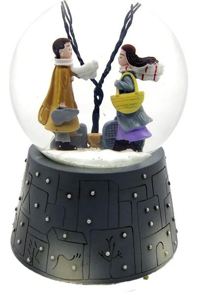 Mankan Kış Masalı Ölümsüz Aşk Işıklı Müzikli Kar Küresi