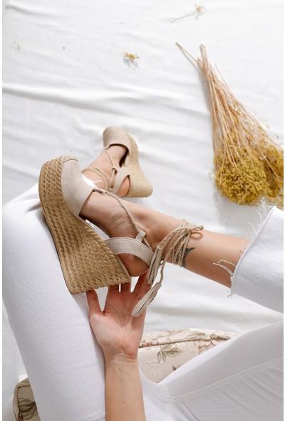 Limoya Bella Ten Süet Dolgu Tabanlı Hasır Bilekten Bağlamalı Sandalet