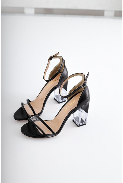 Limoya Faye Siyah Kırışık Rugan Şeffaf Bantlı ve Şeffaf Topuklu İnce Kemerli Sandalet
