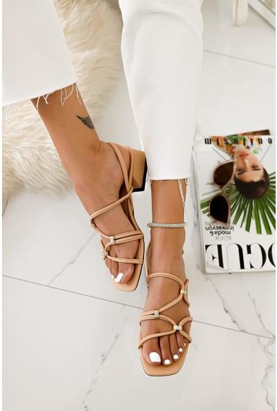 Limoya Livia Nud Düz Topuklu Pırlanta Detaylı Sandalet
