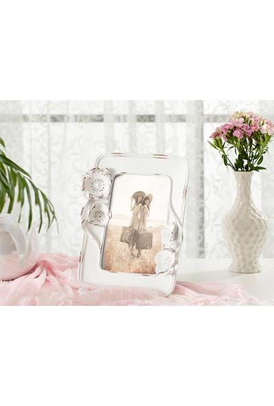 English Home Blooming Beauty Polyresin Çerçeve 16,5x3,5x30,5 Cm Beyaz