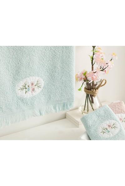 English Home Fancy Flowers Nakışlı Yüz Havlusu 50x76 Cm Seledon