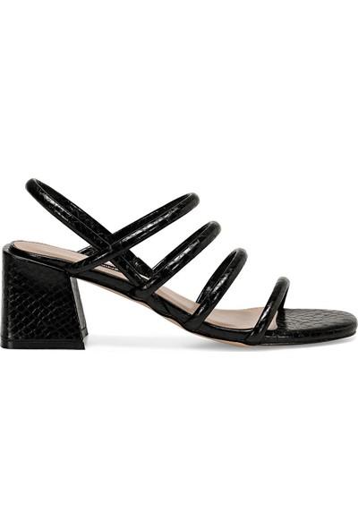 Nine West Lamar Siyah Kadın Sandalet