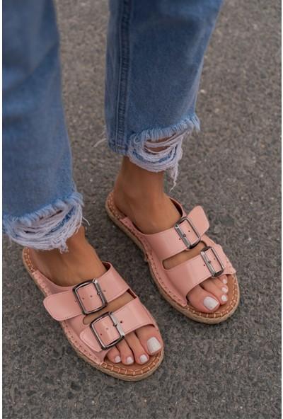 Nişantaşı Shoes Yazlık Çift Tokalı Yeni Sezon Dikiş Detaylı Pudra Kadın Terlik