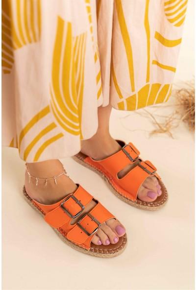 Nişantaşı Shoes Yazlık Çift Tokalı Yeni Sezon Dikiş Detaylı Turuncu Kadın Terlik