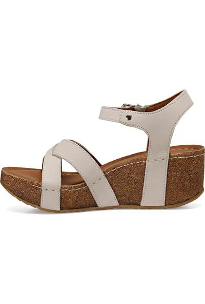 Nine West Goyard Beyaz Kadın Dolgu Topuklu Sandalet