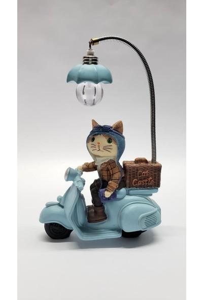 Mrç Prens Wespa Üzerinde Işıklı Kedi Biblo Masa Lambası