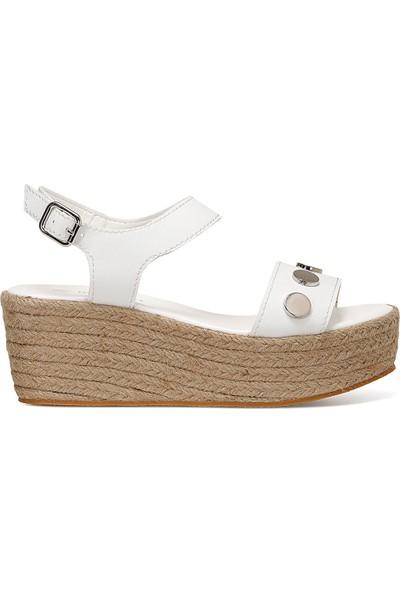 Nine West Valadon Beyaz Kadın Dolgu Topuklu Sandalet