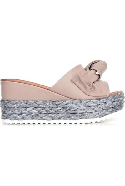 Bueno Shoes Papyonlu Hakiki Deri Kadın Dolgu Topuk Terlik 9N3605