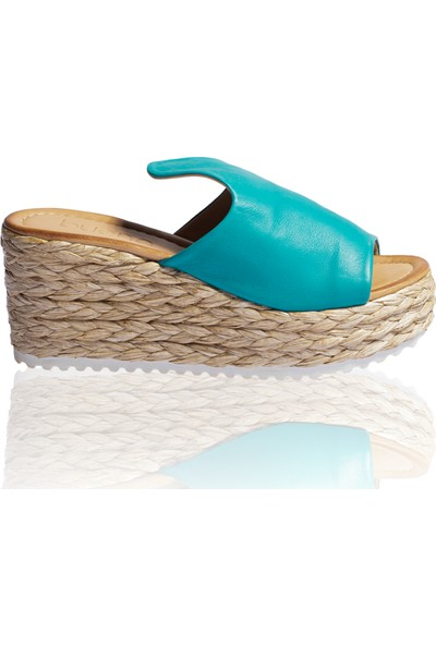 Bueno Shoes Örgülü Hakiki Deri Kadın Dolgu Topuk Terlik 9N3609