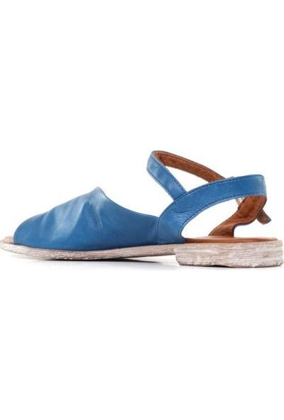 Bueno Shoes Asimetrik Detay Hakiki Deri Kadın Düz Sandalet 9N5001