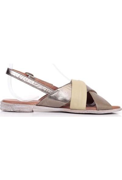 Bueno Shoes Ince Kemerli Hakiki Deri Kadın Düz Sandalet 9N5010
