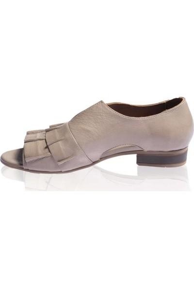 Bueno Shoes Önü Büzgülü Hakiki Deri Kadın Düz Sandalet 9N5117