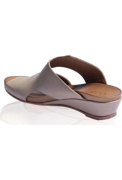 Bueno Shoes Açık Hakiki Deri Kadın Dolgu Topuk Terlik 9N5900