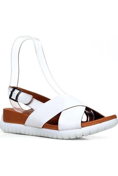 Bueno Shoes Önden Açık Hakiki Deri Kadın Düz Sandalet 9N7110