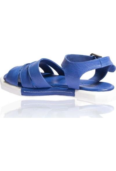 Bueno Shoes Üç Şeritli Hakiki Deri Kadın Düz Sandalet 9N7307