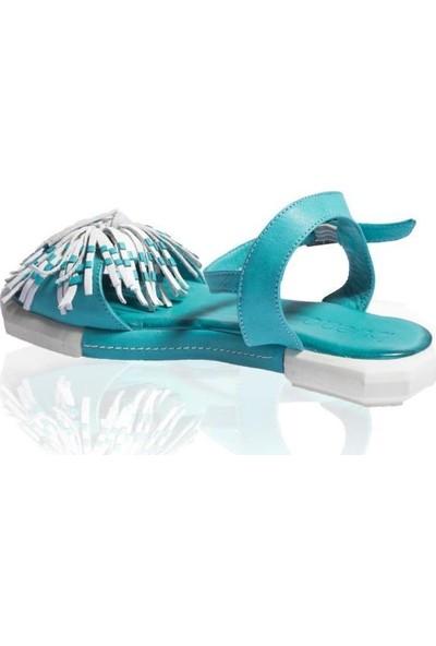 Bueno Shoes Püskül Detaylı Hakiki Deri Kadın Düz Sandalet 9N7309