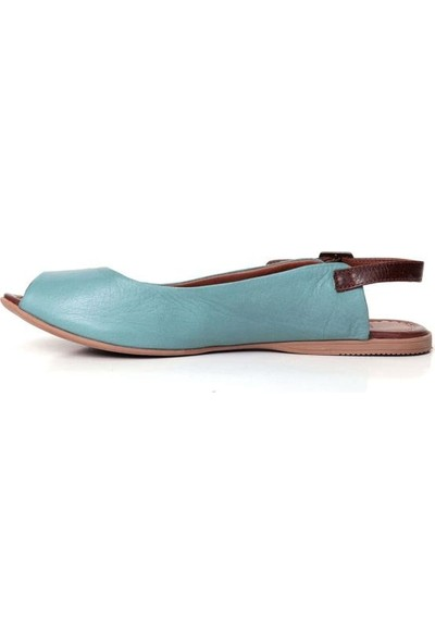 Bueno Shoes Kemer Detaylı Hakiki Deri Kadın Düz Sandalet 9J2100