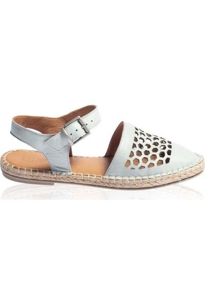 Bueno Shoes Örgü Taban Hakiki Deri Kadın Düz Sandalet 9L0453