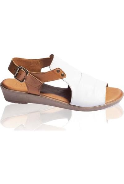Bueno Shoes Önden Büzgülü Hakiki Deri Kadın Düz Sandalet 9L1512