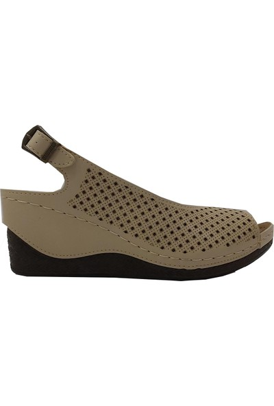 Cassy 17790-9 Deri Dolgu Trend Fashion Sandalet