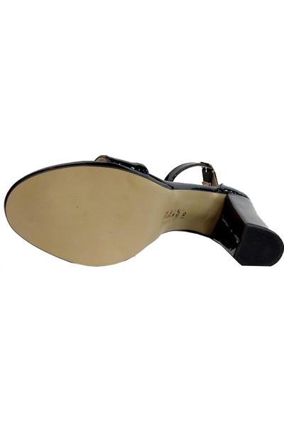 Gizem 602 Tek Bantlı Kadın Sandalet