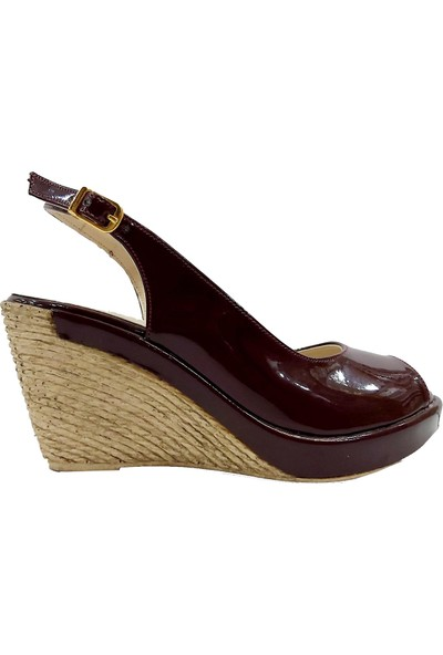 Pelucci 10 Dolgu Topuklu Kadın Sandalet