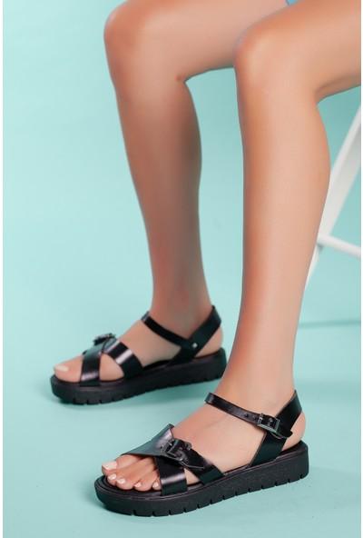 Muggo SNDT06 Deri Sandalet