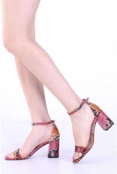By Erz Kadın Tek Bant Topuklu Sandalet