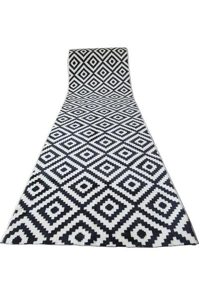 Aksu Kaymaz Taban Yolluk Yumuşak Yüzey-Piramit Siyah Beyaz 50 x 80 cm