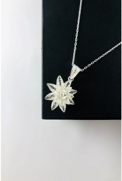 Sungurbey Gümüş Dünyası Çiçek Model El Sanatı Telkari Gümüş Bayan Kolye Ucu