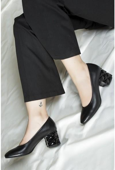 Deripabuc Hakiki Deri Siyah Kadın Topuklu Deri Ayakkabı Dp02-0279