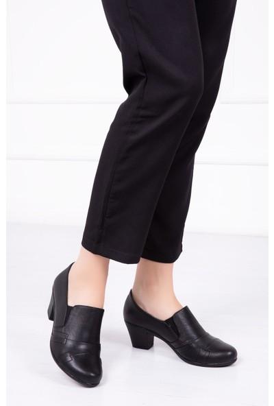 Deripabuc Hakiki Deri SİYAH Kadın Topuklu Ayakkabı NBL-1003