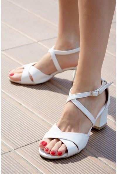 Fox Shoes Beyaz Kadın Topuklu Ayakkabı H283289609