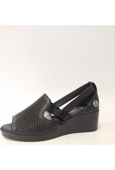 Messimod Deri Dolgu Topuk Kadın Sandalet