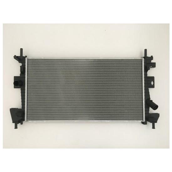 Gust Su Radyatörü Ford Focus Iıı 1.6 Flexifuel - 1.6 Gas - 2.0 Efi 2011> / C- Max 1.6 Efi - 1.6 Gas 2010> Otomaik Vites - Düz Vites ( BV618005AD )