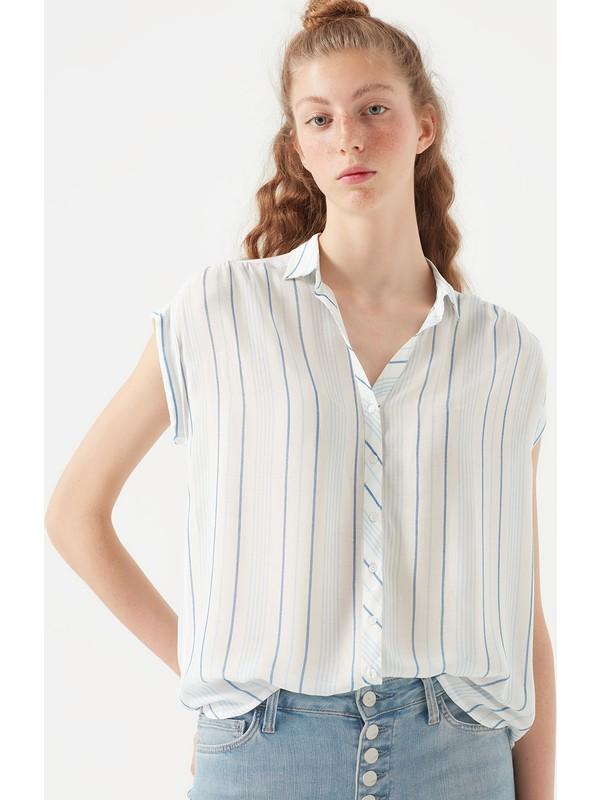Mavi Kadın Kısa Kollu Çizgili Beyaz Gömlek 122263-30718