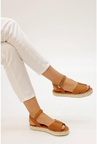 Marjin Kadın Tunas Düz Sandalet