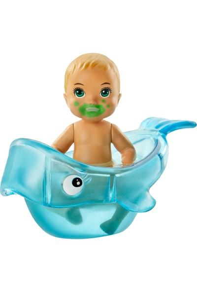 Barbie Bebek Bakıcısı Özellikli Minik Bebekler - Beslenme ve Banyo Zamanı GHV83-GHV84